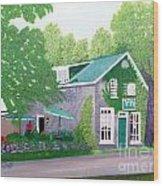 Inn on Lake n the Mountain  Wood Print