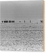 Iraqi Soldiers Surrender To The 1st Wood Print