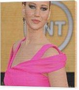 Jennifer Lawrence Wearing An Oscar De Wood Print by Everett