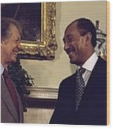 Jimmy Carter With Egyptian President Wood Print by Everett