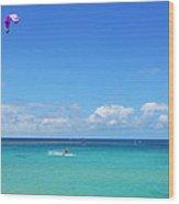 Kitesurfing In Kauai Wood Print