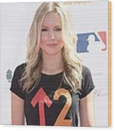 Kristen Bell In Attendance For Stand Up Wood Print by Everett