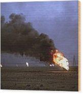 Kuwaiti Oil Wells Set On Fire Wood Print