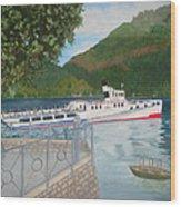 Lago Di Como Ferry Wood Print by Linda Scott