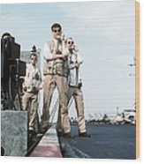 Landing Signal Officers Guide An F-14 Wood Print