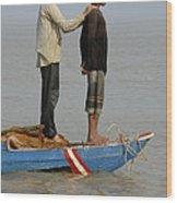 Life On Lake Tonle Sap 4 Wood Print
