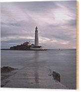 Lighthouse Before Sunrise Wood Print