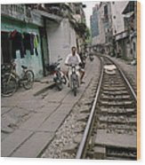 Living By The Tracks In Hanoi Wood Print