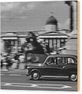London Cab In Trafalgar Square Wood Print