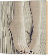 Long Toes Wood Print by Tos Photos
