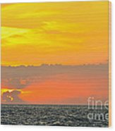 Lovely Sunset Over The Sea Wood Print