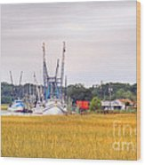 Low County Marsh View Shrimp Boats Wood Print
