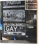 Lunch Time Between Fashion Ave And Gay Street Wood Print by Rob Hans