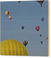 Many People Lift Off In Hot Air Wood Print by Stacy Gold