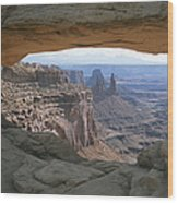 Mesa Arch In Utahs Canyonlands National Wood Print