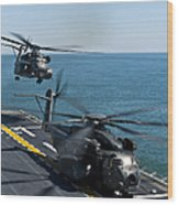 Mh-53e Sea Dragon Helicopters Take Wood Print