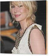 Michelle Williams Wearing A 3.1 Phillip Wood Print