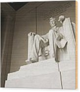 Monumental Statue Of Abraham Lincoln Wood Print