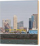 New York And The Barge Wood Print