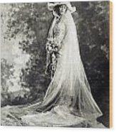 New York: Bride, 1920 Wood Print