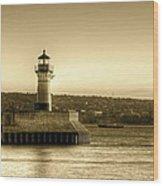 North Pier Lighthouse Wood Print