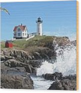Nubble Lighthouse With Seagull And Ocean Spray Wood Print