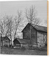 Old Barn In Monochrome Wood Print