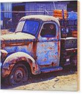 Old Junk Truck Wood Print