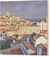 Old Lisboa Wood Print