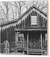 Old Log House Wood Print