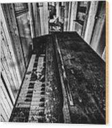 Old Piano Organ Wood Print by John Farnan