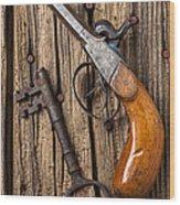 Old Pistol And Skeleton Key Wood Print by Garry Gay