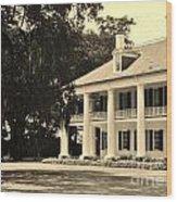 Old Southern Plantation Wood Print