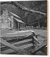 Oliver's Cabin In The Great Smokey Mountains Wood Print