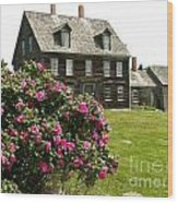 Olson House With Flowers Wood Print