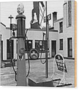 Paul Bunyan Atop Gas Station, Bemidji Wood Print by Everett