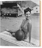 Paulette Goddard, 1943 Wood Print