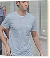 Penn Badgley, Walks To The Gossip Girl Wood Print