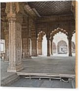 Pillars Of Building Inside Red Fort Wood Print