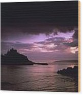 Pink Sky Over St. Michaels Mount Wood Print