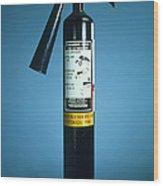 Pre-1997 Uk Co2 Fire Extinguisher Wood Print