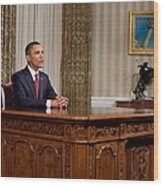 President Barack Obama Delivers An Wood Print by Everett