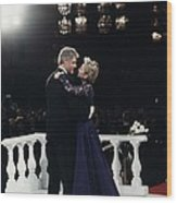 President Bill Clinton And Hillary Wood Print by Everett