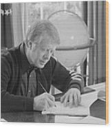 President Jimmy Carter Working Wood Print by Everett