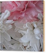 Pretty Pastel Petals Wood Print by Yvonne Scott