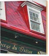Quebec City -auberge Wood Print