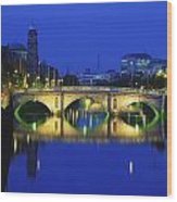 Queens Street Bridge, River Liffey Wood Print