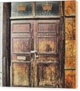 Random Door In Liverpool Streets Wood Print