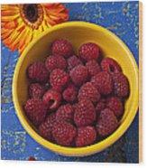 Raspberries In Yellow Bowl Wood Print by Garry Gay