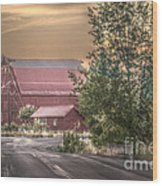 Red Barn At The Curve Wood Print